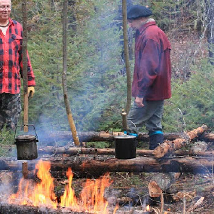 Image for Crafting in the Woods: Bushcraft Courses