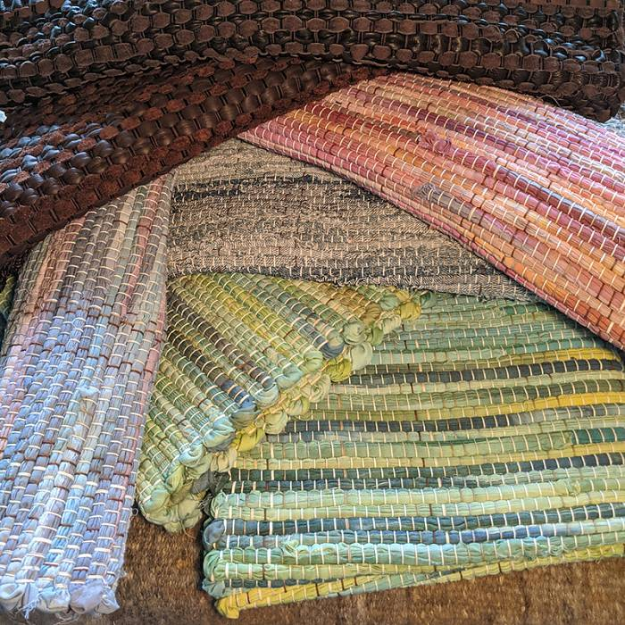 Teaser image for Rag Rug Weaving: Table Runner and Placemats