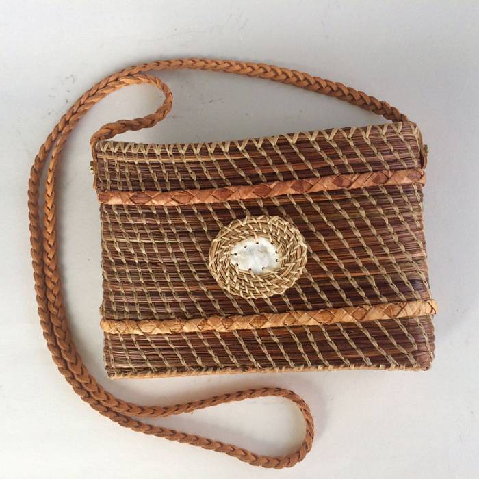 Teaser image for Coiled Basketry: The Pine Needle Pouch