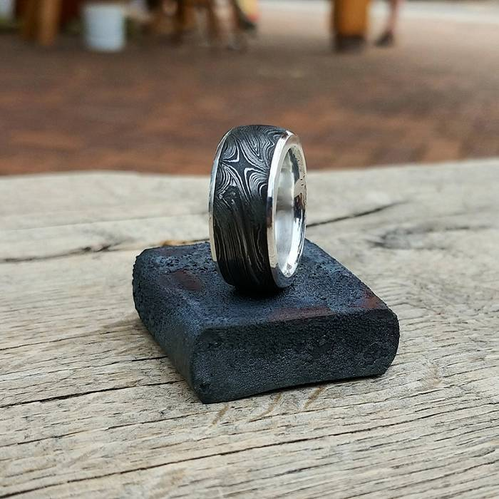 Teaser image for Damascus Rings: Jewelry from the Blacksmith Shop