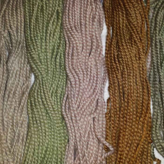 Yarn dyed with amur maple