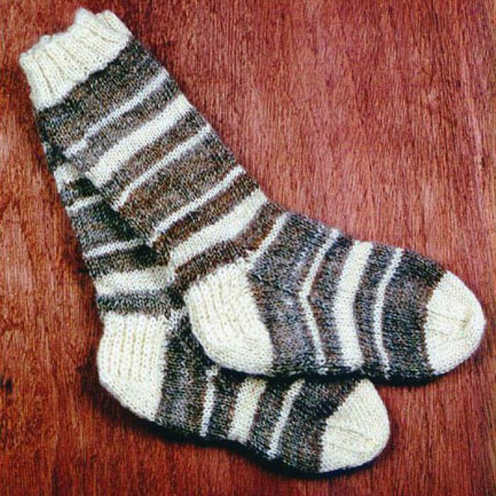 Teaser image for Knitting Socks: The Essential Craft