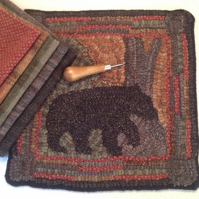 Teaser image for Primitive Rug Hooking: Open Session