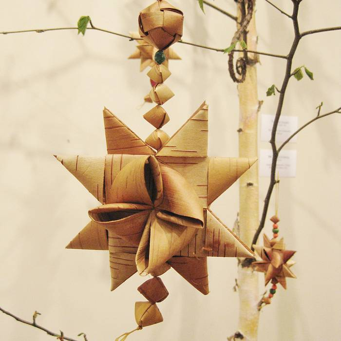 Teaser image for Weaving Holiday Ornaments From Birch Bark