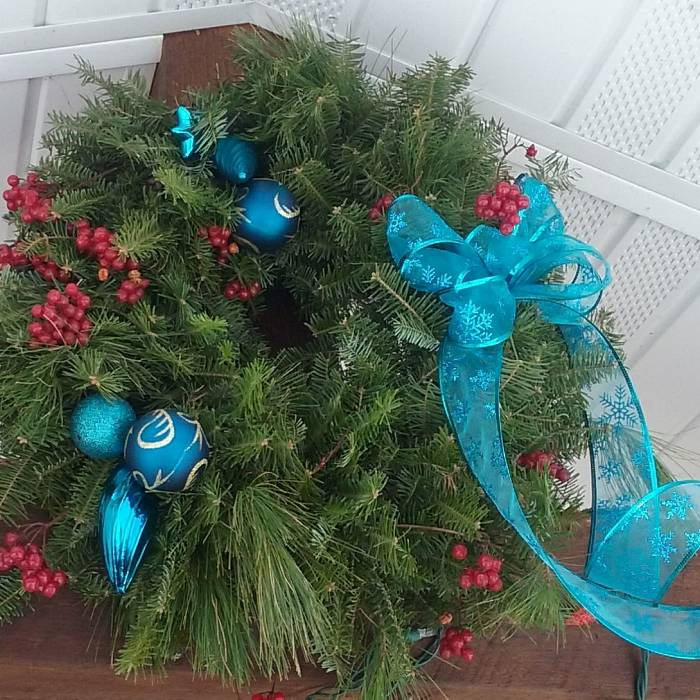 Teaser image for Make Your Own Holiday Wreath Craft Along Online Class